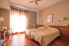 hotel-colon-bejar-26-de-52
